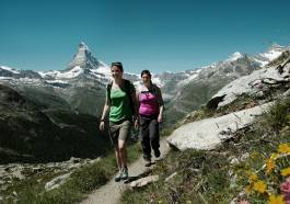 Zermatt with more than 400km walking trails.